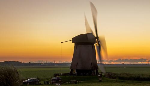 sunset holland mill windmill dutch grass zonsondergang nederland land gras dijk polder dike molen weiland windmolen schermerhorn weilanden