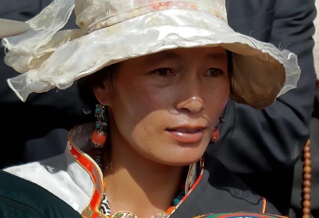 Tibetan lady with hat, Tibet 2014