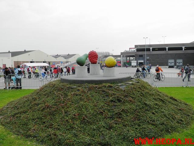 16-04-2011     Rode-Kruis   Bloesem   wandeltocht 26 Km (7)