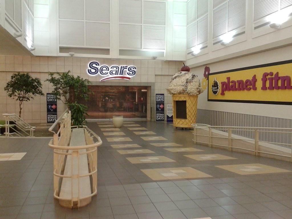 Fashion Square Mall >> Sears At Orlando Fashion Square Mall To Close Sears 1225 Flickr