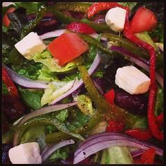 Si pides una ensalada coqueta y no la subes a instagram, ¿de verdad comiste una ensalada coqueta?