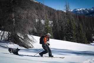 Sam & Emma Ski the Divide