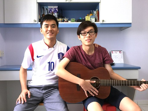 Private guitar lessons Singapore Clarence