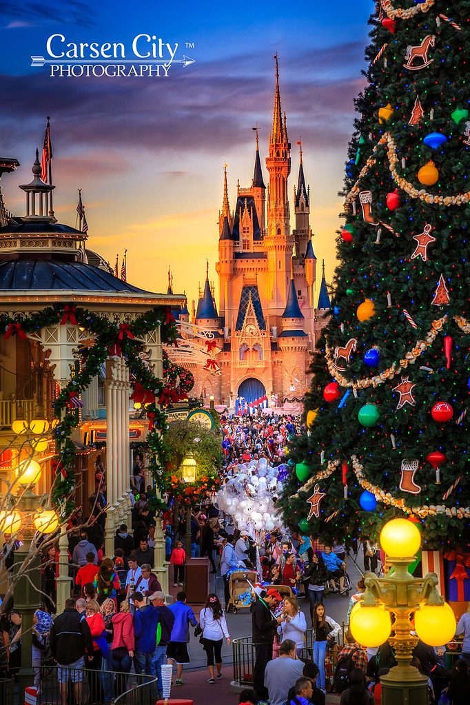 Christmas At Disney World.Walt Disney World Christmas Day Beautiful Christmas Day