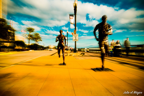 street sport statue movement florida marathon award statues run passion movimento corsa maratona jacksonvile canon6d