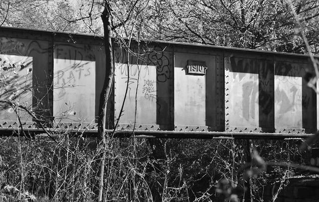 Pony Girder Railroad Bridge over Cottonwood Creek, Allen, Texas 1411261342bw