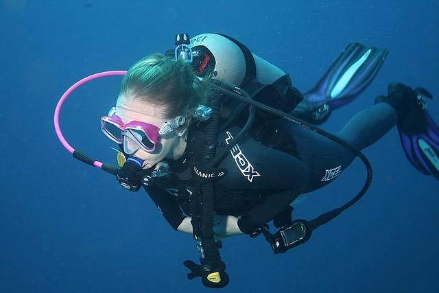 Scuba Diver 1411165052w