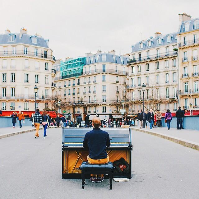 The Pianist of Ile Saint-Louis 🎹
