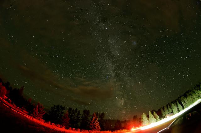 Meteor_Satellite_Milkyway_Over_West_Lake_Prince_George_BC_01