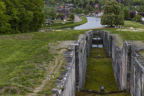 écluse canal tourisme loisir rognylesseptecluses loiret45 france