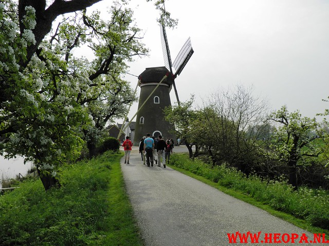 16-04-2011     Rode-Kruis   Bloesem   wandeltocht 26 Km (57)