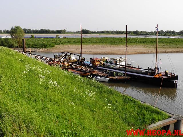 30-04-2011   Boven-Leeuwen  40 Km (13)