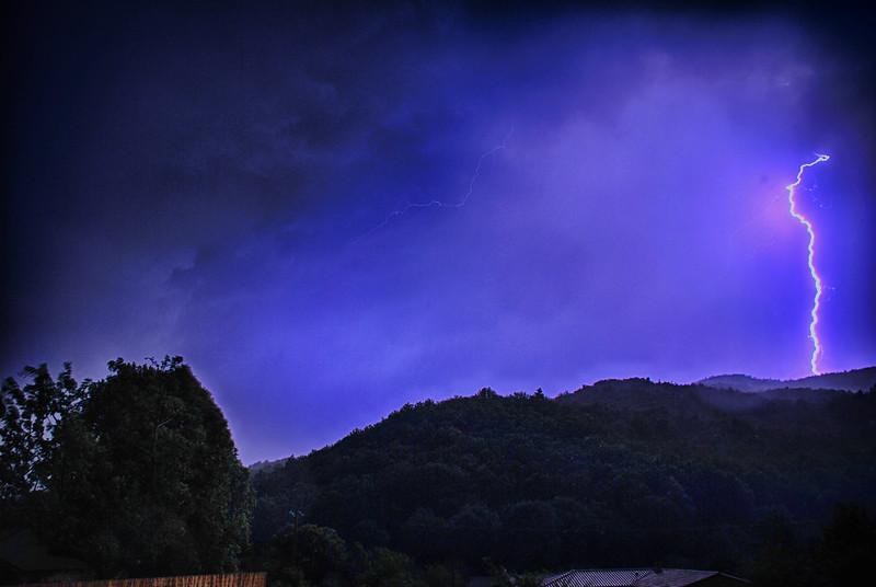 Thuet Lightning 06