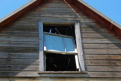 northdakota farm barn house abandoned window