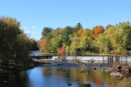 contoocook river rivière nh usa us unitedstates newhampshire water fall autumn getty exclusive licensed