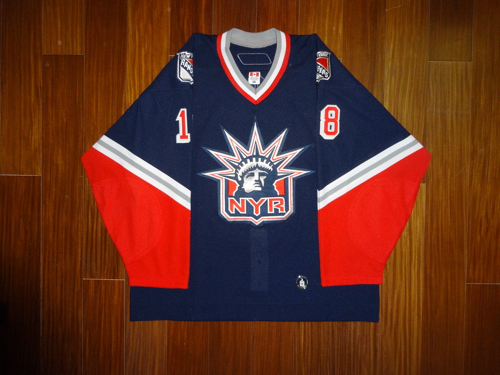 newest collection 103b1 b7075 Game Worn Reebok 6100 Dominic Moore New York Rangers 2005 ...