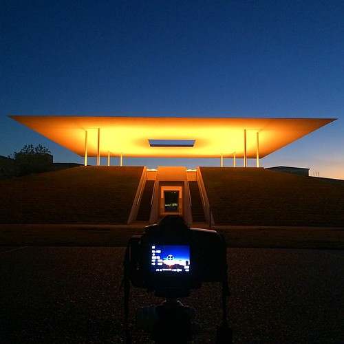 fav60 fav100 fav50 fav10 camera orange blue bts colorimage nopeople mabrycampbell bluehour sunrise sculpture riceuniversity jamesturrellskyspace jamesturrell unitedstates usa texas houston photo image february 2015 instagramapp square squareformat iphoneography fav20 fav30 fav40 fav70 fav80 fav90 iphone