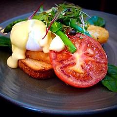 #breakfast, #cafenewtown, #newtown, #innerwest, #sydney, #australia, #foodphotography, #streetphotography, #eggs, #tomatoes, #asparagus
