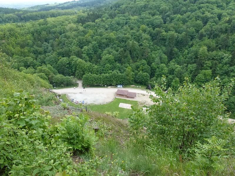 """Leśny Park Przygody """"Skalisko"""" (dawny kamieniołom łupków) w Złotym Stoku z Krzyżnika"""