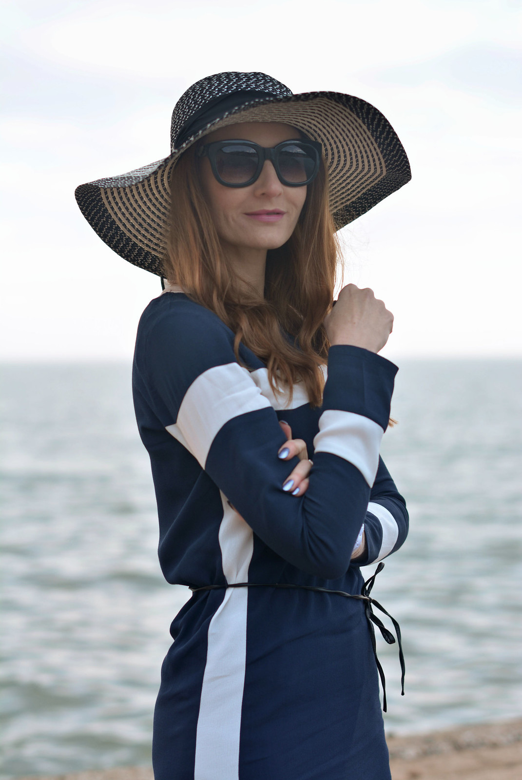 Nautical style: Navy blue and white stripes, floppy hat - Not Dressed As Lamb