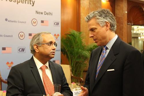 Gov Jon Huntsman Jr and Mr. Chandrajit Banerjee, Director General, Confederation of Indian Industry at a dinner reception sponsored by CII