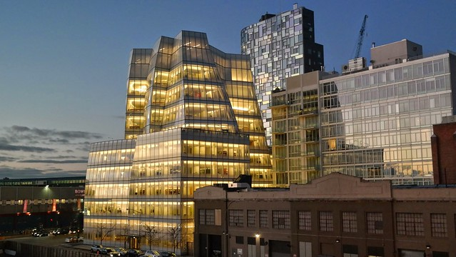 That building by Frank Gehry