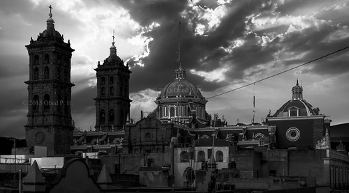 Desde el museo amparo - Storm over the church