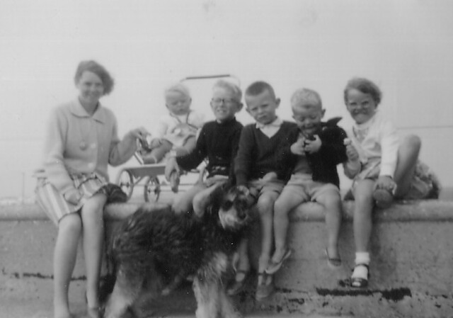 1963 - 18 - On holiday w brothers and sister