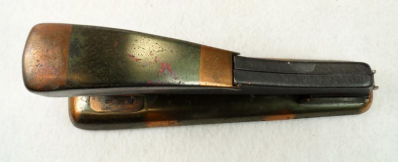 RD11756 Vintage Art Deco Stapler The Hotchkiss Sales Co. Norwalk, CT Model 120 DSC02427