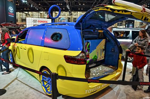 2015 Toyota Sienna Sponge Bob Photo