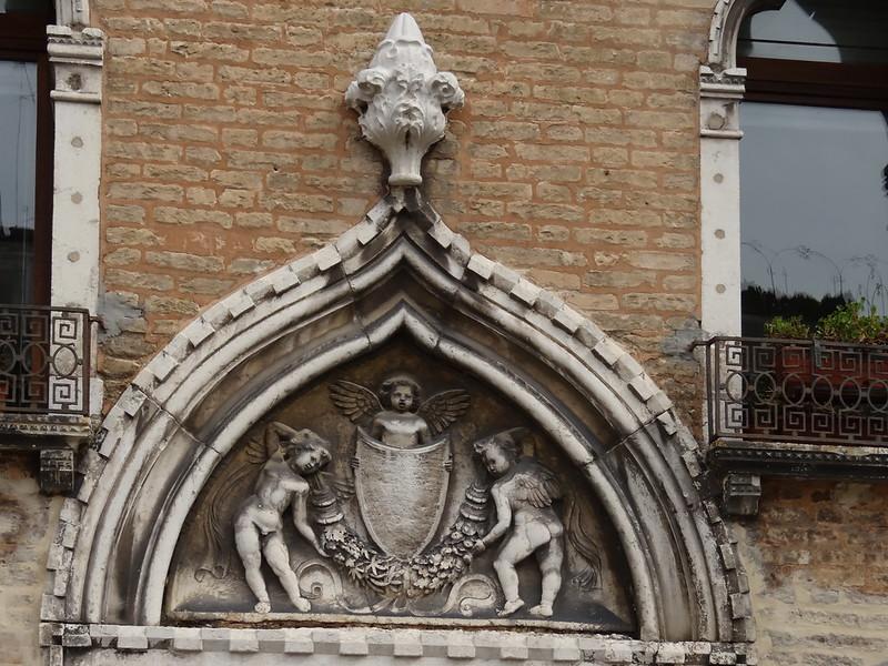 Liebendes Paar in Venedig wohl dient zum Versteck die venetische Gondel, doch beim Leichengang dient sie zur Bahre und gleitet mit dem Sarg 00513