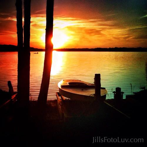 trees sunset sky water clouds golden virginia richmond chesterfield kayaks swiftcreekreservoir