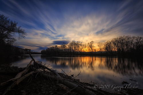 trees sunset reflection clouds virginia unitedstates shenandoahriver bluemont coolspringbattlefield