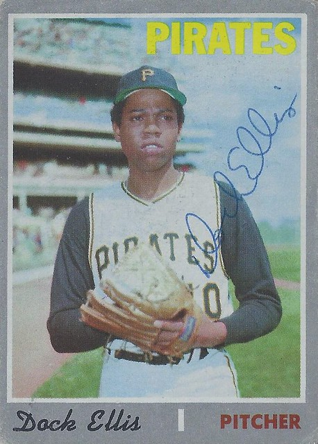 1970 Topps - Dock Ellis #551 (Pitcher) (b. 11 Mar 1945 - d. 19 Dec 2008 at age 63) - Autographed Baseball Card (Pittsburgh Pirates)
