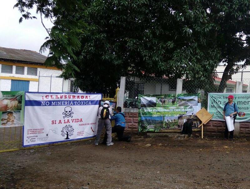 Comunidades de Veracruz clausuran empresas mineras Almadex Minerals