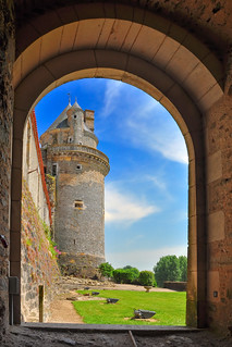 Chateau Apremont   by -M a r t i n-