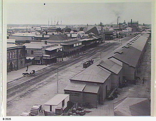North Parade, Port Adelaide, looking west. - Photograph courtesy of the State Library of South Australia