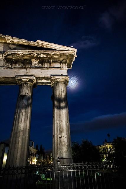 Ancient ruins under the moon (handheld)