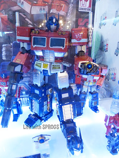 MAS-01 Optimus Prime | by KiWiInOz