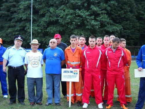 Poză de grup cu lotul de pompieri civili din com. Giroc Giroc