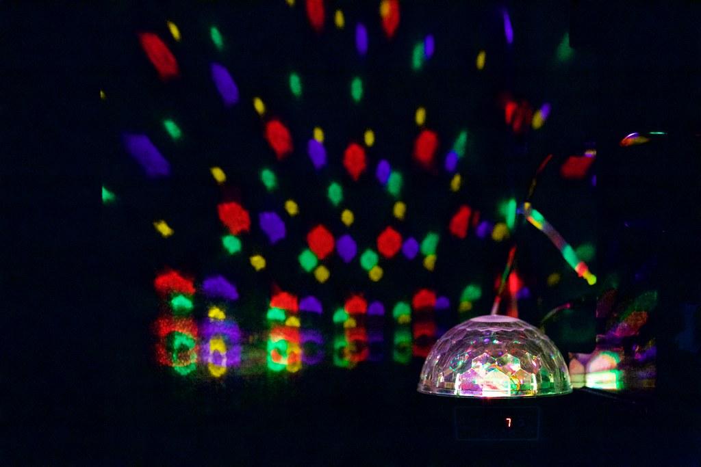In the Karaoke Room  | blog smule com/post/111990073394/smul