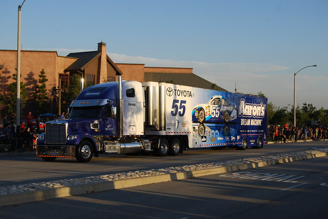 Brian Vickers/Brian Moffit Number 55