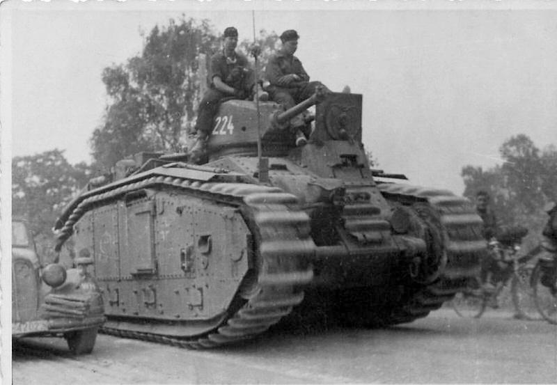 Panzerkampfwagen B-2 740 (f)