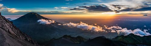 clouds sunrise indonesia dawn volcano java crater merapi selo merbabu mountmerapi gunungmerapi