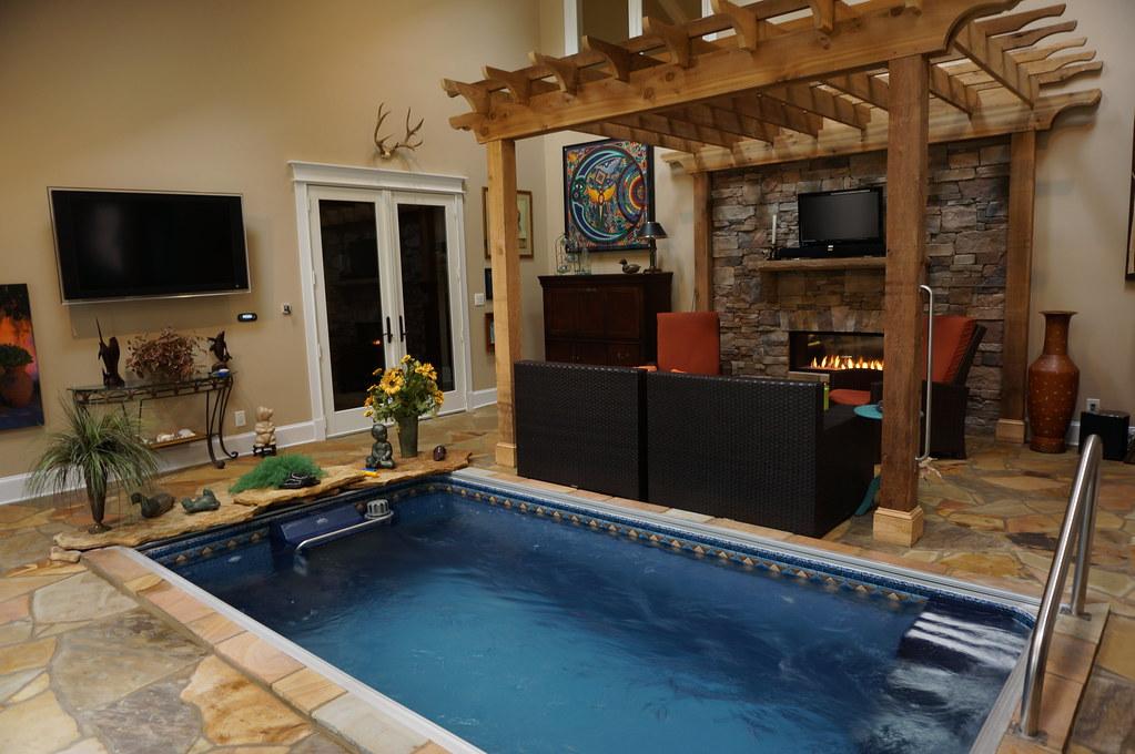 Indoor Endless Pools® swimming machine   The modular design ...