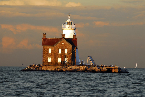 lighthouse legends myths longislandsound portwashington sandspoint outstandingshots abigfave p1f1 executorsrocks revoluntarywar aplusphoto
