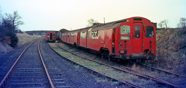 R1327.  Pre '36 Tube Stock at Kettering. 4th April, 1964.