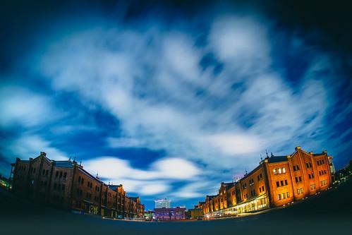 longexposure atnight nightphotography kanagawa sigma15mmf28exdgfisheye yokohamaredbrickwarehouse yokohama 赤レンガ倉庫 ilce7m2 japan