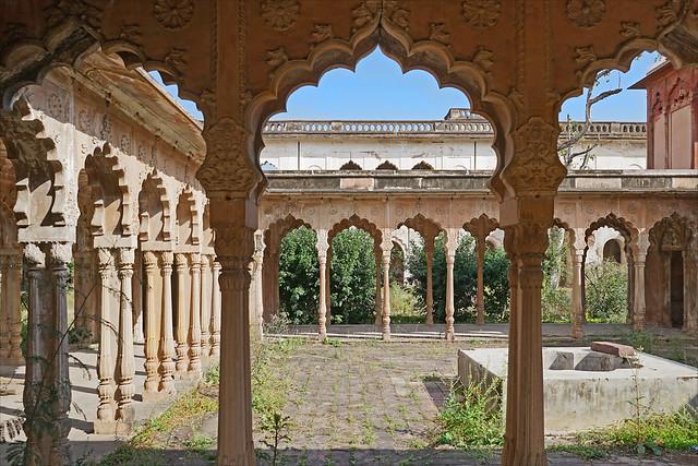 La cour centrale du Taj Mahal de Bhopal (Inde)