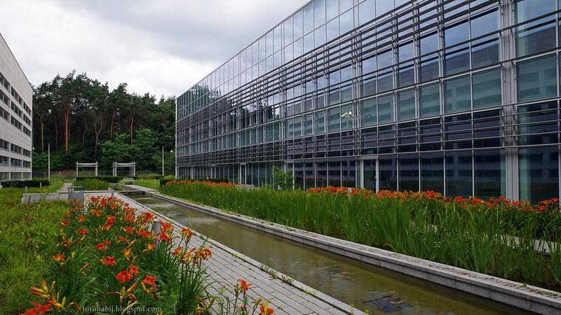 Puławski Park Naukowo-Technologiczny, nowoczesna architektura i ogród firmowy, 4